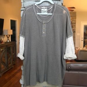 Easel brand-Long sleeved shirt size L